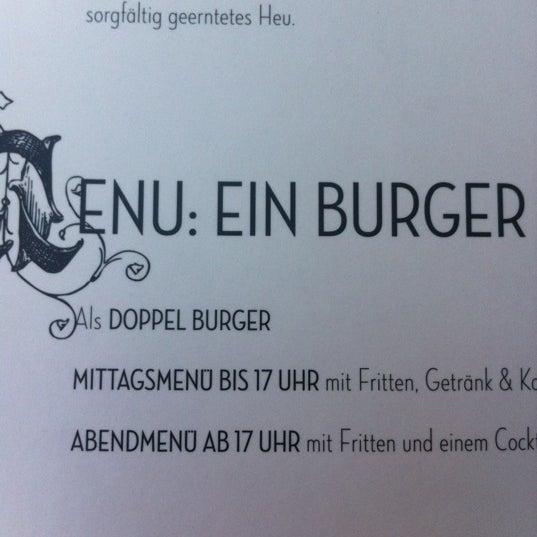 Photo taken at Hans im Glück by Till W. on 9/26/2012