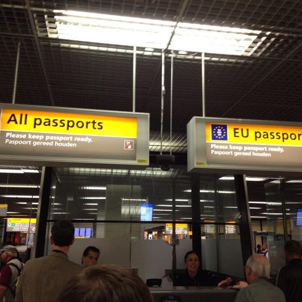 Passport Control Schengen Non-Schengen - Schiphol, Noord-Holland ...