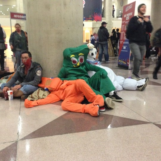 Photo taken at New York Comic Con 2012 by Ben M. on 10/14/2012