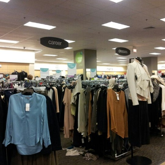 Nordstrom Rack Chicago Ave By Avenue Side Il