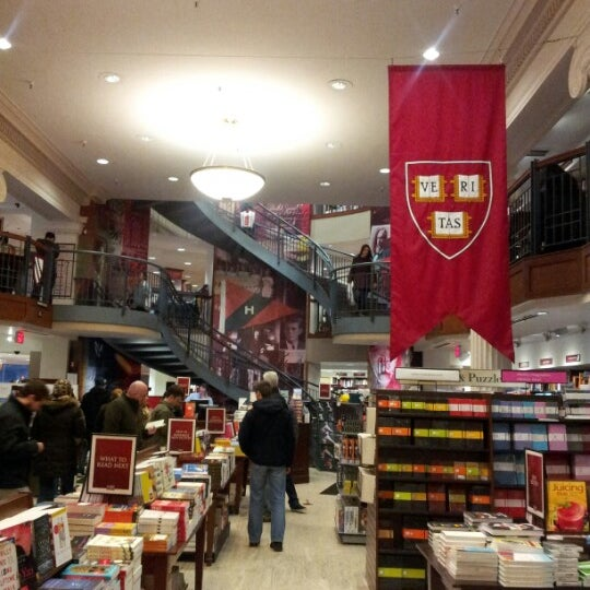 Photo taken at Harvard Coop Society Bookstore by Ann S. on 1/19/2013