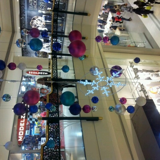 Photo taken at intu Bromley by ☆Lee Myha on 12/1/2012