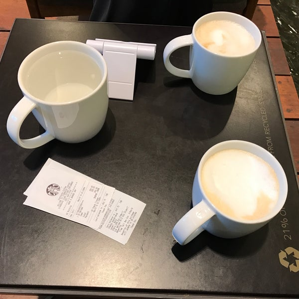 Photo taken at Starbucks by Taneka N. on 11/10/2016