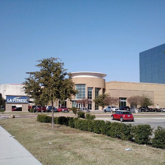 Photo taken at LA Fitness by Supote M. on 11/4/2012