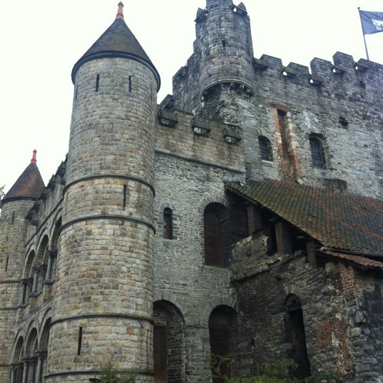 Photo taken at Gravensteen / Castle of the Counts by freshwater on 11/10/2012