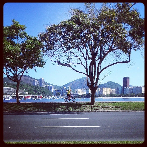 Photo taken at Aterro do Flamengo by Marcus A. on 4/6/2013