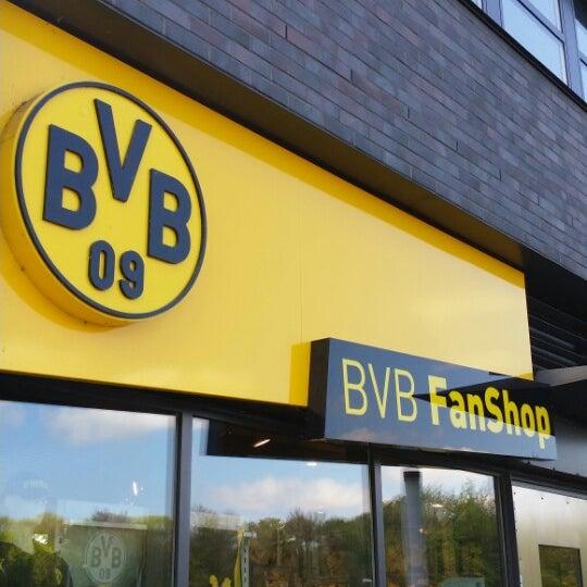 bvb fanshop now closed westfalenhalle dortmund nordrhein westfalen. Black Bedroom Furniture Sets. Home Design Ideas