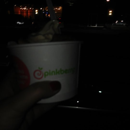 Photo taken at Pinkberry by Wendy D. on 10/18/2012