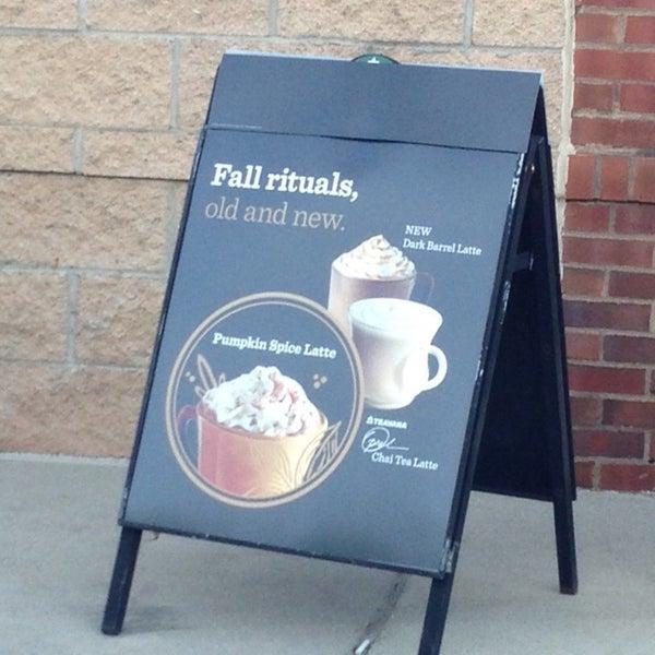 Photo taken at Starbucks by Prash C. on 9/26/2014