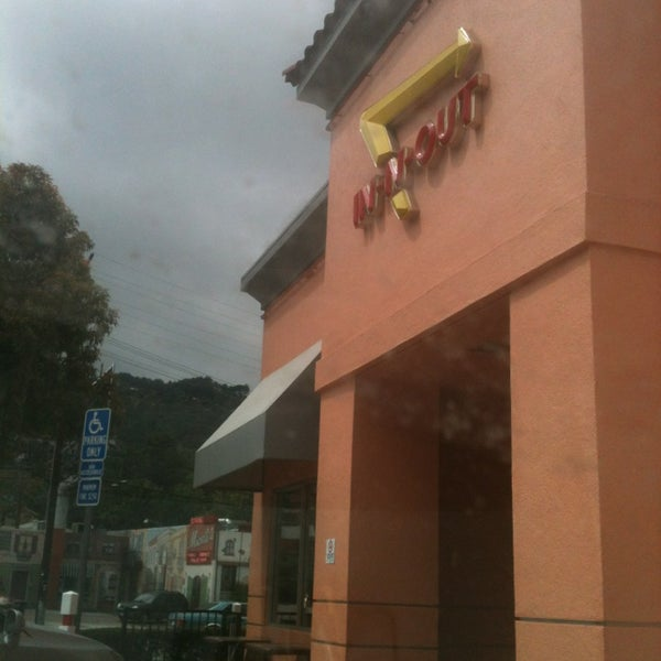 Photo taken at In-N-Out Burger by Todd R. on 4/14/2013