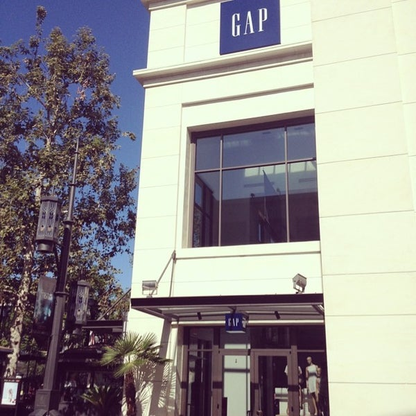 Photo taken at Gap by Damian-Michael W. on 7/13/2014