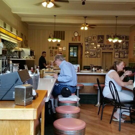 Cafe Gaston Reviews