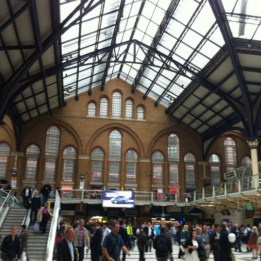 Photo taken at London Liverpool Street Railway Station (LST) by iSponsor on 7/10/2012