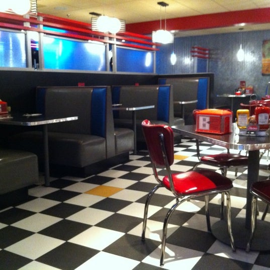 Photo taken at Roundabout Diner & Lounge by Gary M. on 9/14/2012