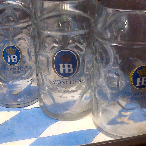 Photo taken at Hofbräuhaus Newport by Linzy N. on 11/4/2012