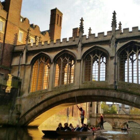 Where's Good? Holiday and vacation recommendations for Cambridge, United Kingdom. What's good to see, when's good to go and how's best to get there.