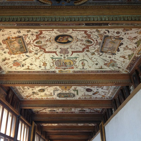 Photo taken at Uffizi Gallery by Lola on 5/8/2013