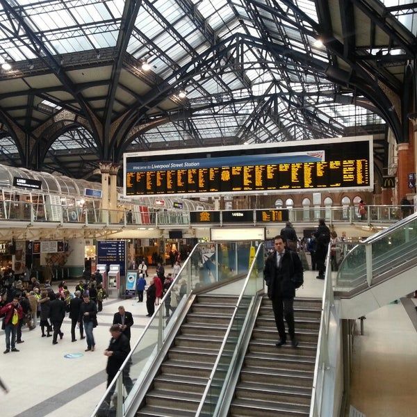 Photo taken at London Liverpool Street Railway Station (LST) by Anton B. on 3/7/2013