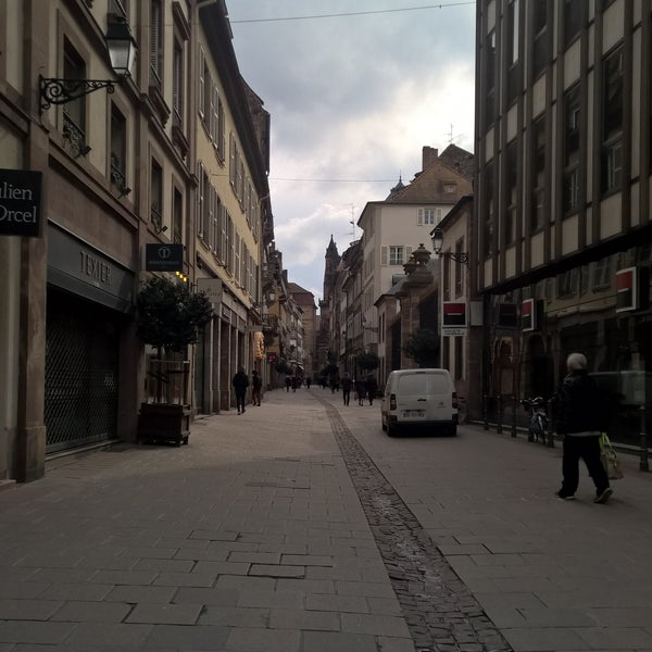 Photos at rue du d me road in strasbourg for Rue du miroir strasbourg
