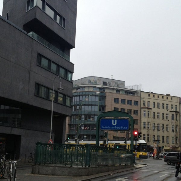 rosa luxemburg platz plaza in berlin. Black Bedroom Furniture Sets. Home Design Ideas