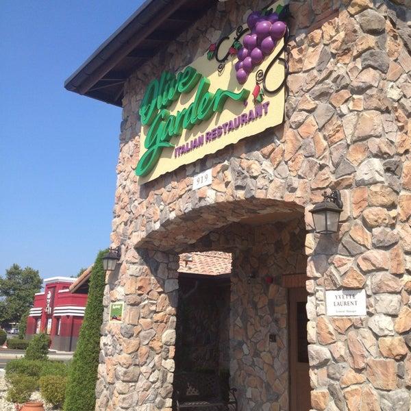 Olive garden italian restaurant in west springfield for Olive garden west springfield ma