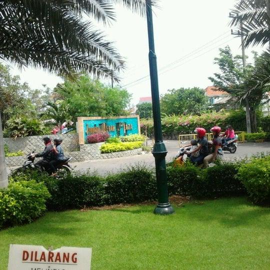 Photo taken at Pusat Grosir Jembatan Merah Plasa (JMP) by Teena W. on 12/6/2012