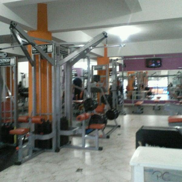 Academia plena forma gym fitness center in colombo for Gimnasio gym forma