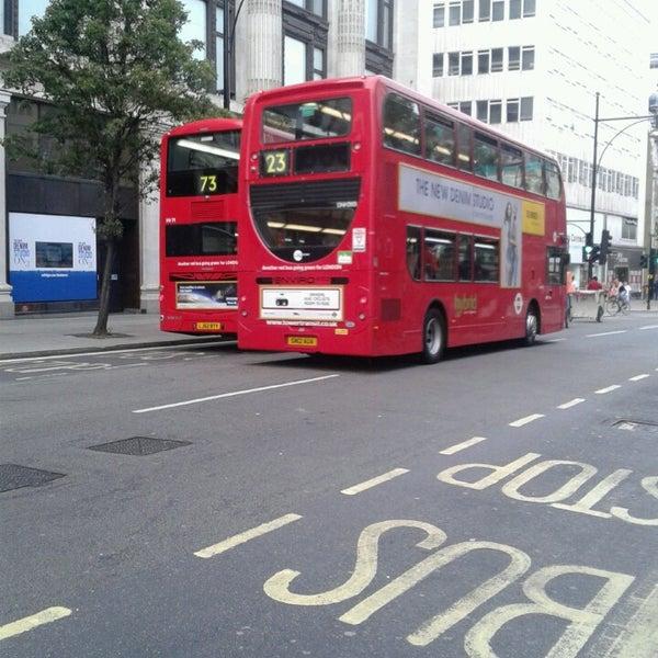 Photo taken at Oxford Street by Özge on 7/14/2013