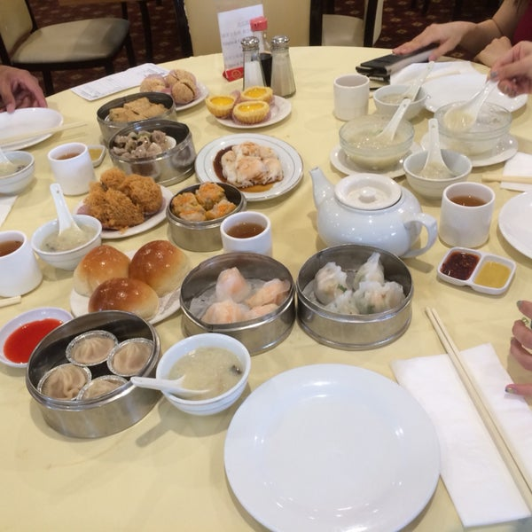 A decent place for dim sum; not the worst, not the best.