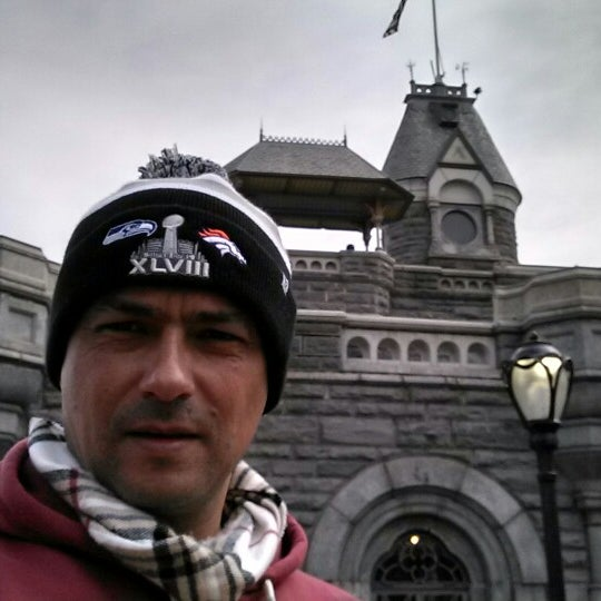 Photo taken at Belvedere Castle by Vinicius P. on 3/10/2014