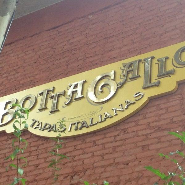 Photo taken at Bottega Bottagallo by RENATA M. on 3/31/2013