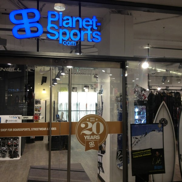 Photo taken at Planet Sports Flagshipstore by Bastian B. on 2/15/2013