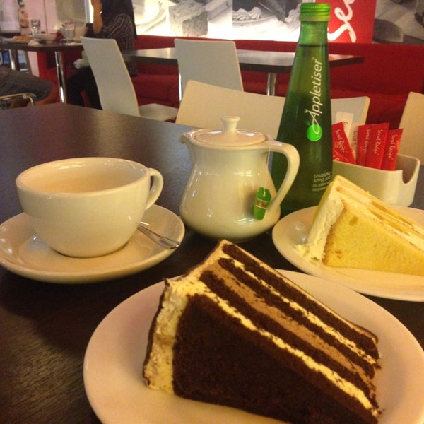 Photo taken at Secret Recipe by Jennifer on 11/24/2013
