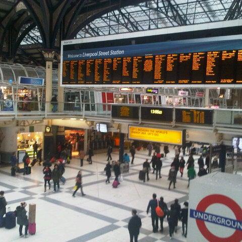 Photo taken at London Liverpool Street Railway Station (ZLS) by Antonio on 1/6/2013