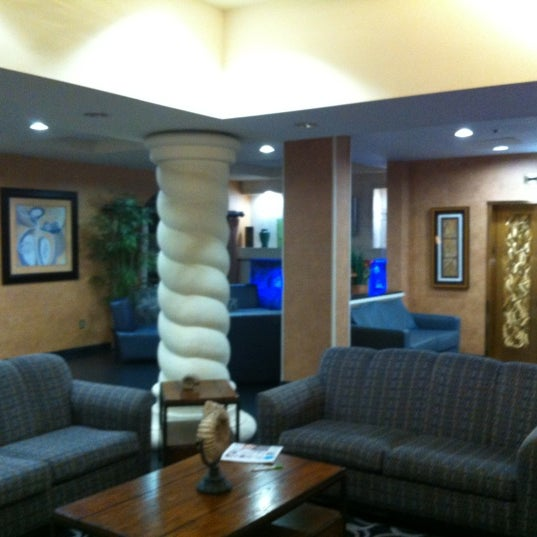 Photo taken at Holiday Inn by Craig on 11/13/2012
