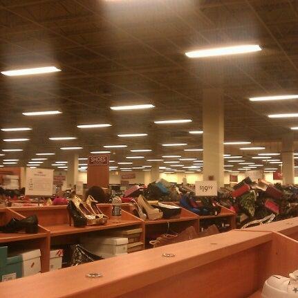 Burlington clothing store hours