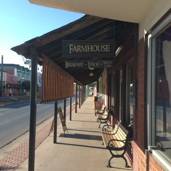 The Farmhouse Restaurant Breakfast Spot in Gilbert