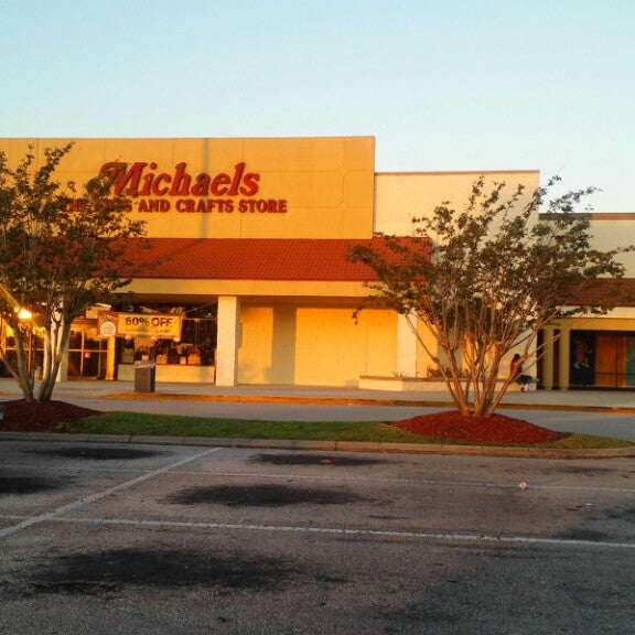 Michaels argyle forest 6001 argyle forrest blvd ste 25 for Michaels crafts jacksonville fl