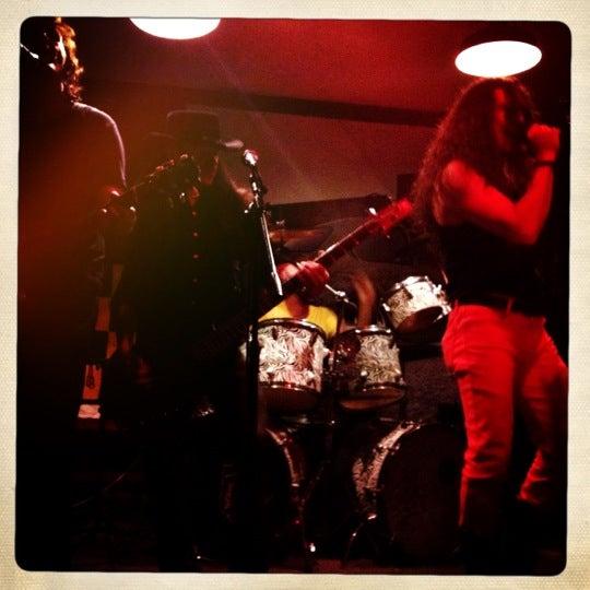 Photo taken at Hamburgo by Elizabeth L. on 11/10/2012