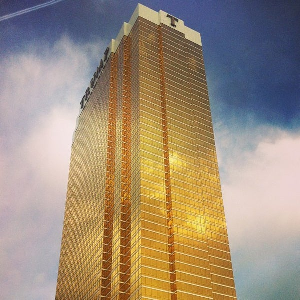 Photo taken at Trump International Hotel Las Vegas by Danilo A. on 4/5/2013
