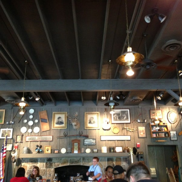 Photo taken at Cracker Barrel Old Country Store by Jason K. on 7/5/2013