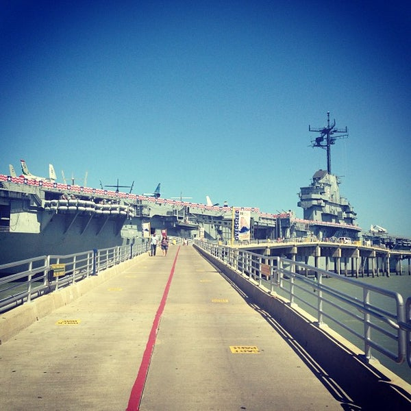 Photo taken at USS Lexington Museum On The Bay by José L. on 6/1/2013