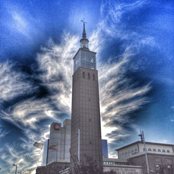 Foto tomada en Cámara de Comercio e Industria por ZaragozaTurismo el 11/26/2013
