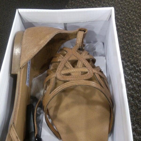 Photo taken at DSW Designer Shoe Warehouse by Samantha M. on 8/23/2013