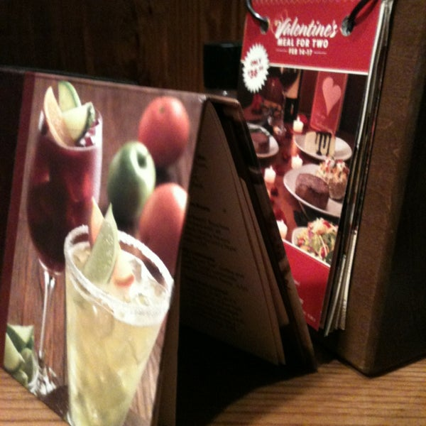 Photo taken at Outback Steakhouse by Eduardo d. on 1/27/2013