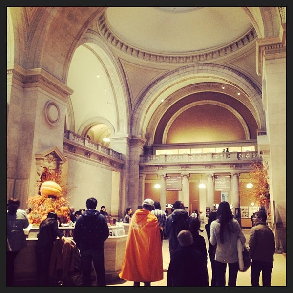 Photo taken at Metropolitan Museum of Art by Morgiane A. on 11/3/2013