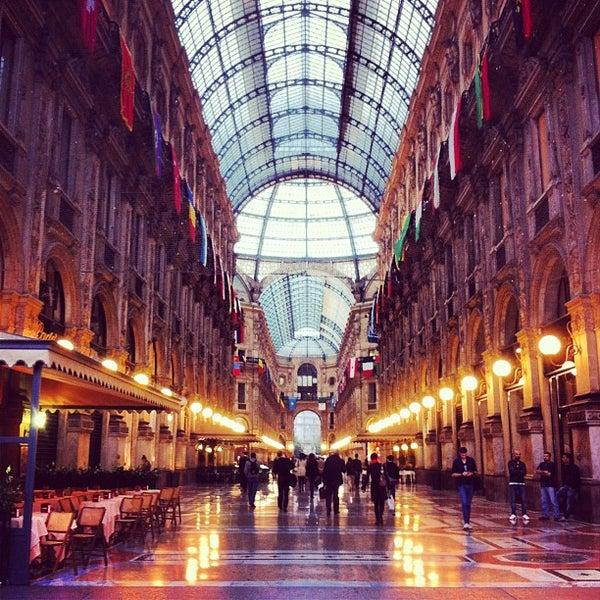 Galleria Vittorio Emanuele Ii Shopping Mall In Milano