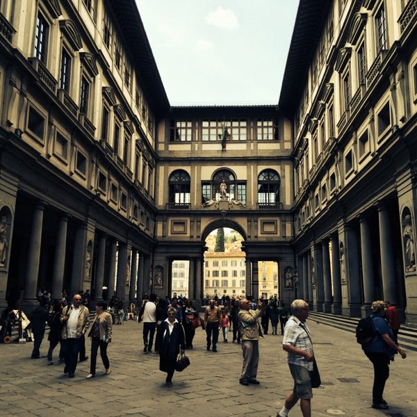 Photo taken at Galleria degli Uffizi by chang t. on 4/15/2014