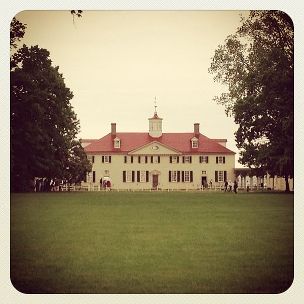 Photo taken at George Washington's Mount Vernon Estate, Museum & Gardens by Ashleigh D. on 5/18/2013