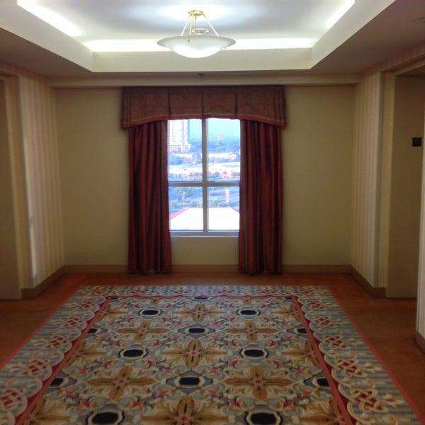 Photo taken at Sheraton Suites Houston Near The Galleria by Jacob E. on 1/22/2013